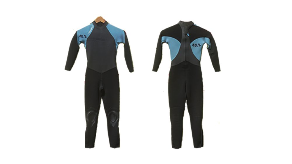 Wetsuit · 4/3 mm · Sizes: Kids 10, 12, 14 years · Price: 15 €